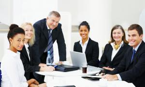Học hành chính nhân sự ra làm gì